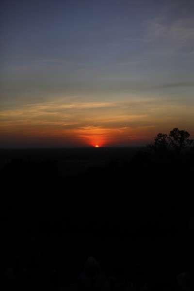 sunset2k.jpg